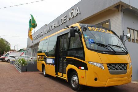 Prefeitura adquire Ônibus Escolar
