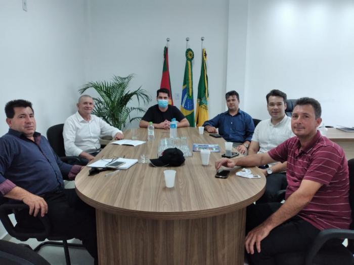 Capitão Macedo (PSL) visita Prefeito Adriano